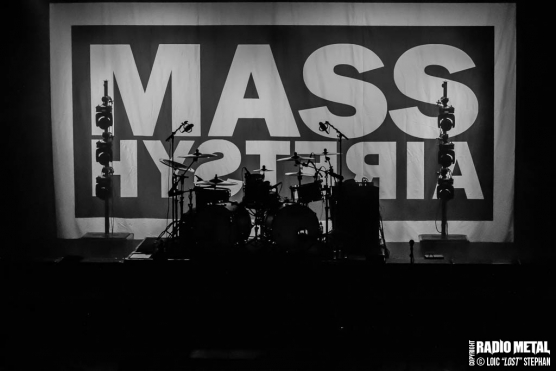 Mass_Hysteria_2018_10_26_01