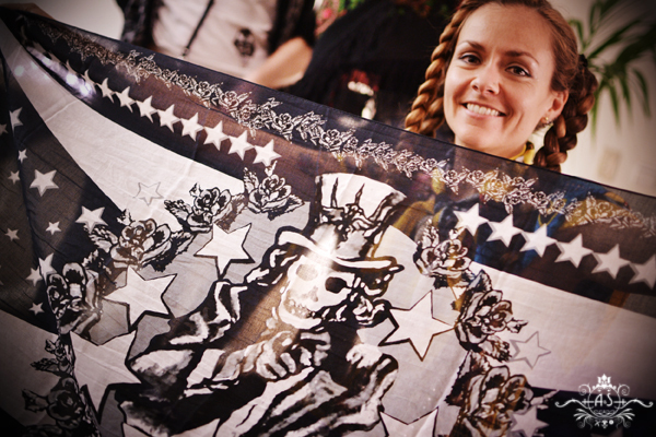 Chloé la esposa de Rob Trujillo habló sobre su arte!