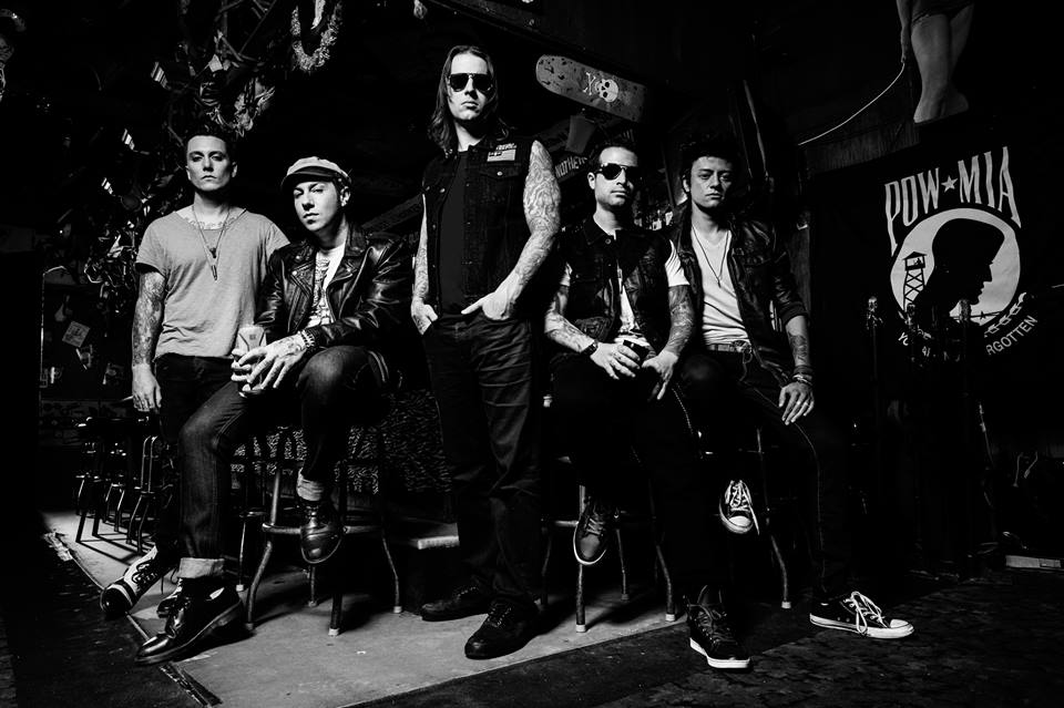 Avenged Sevenfold  Avenged1