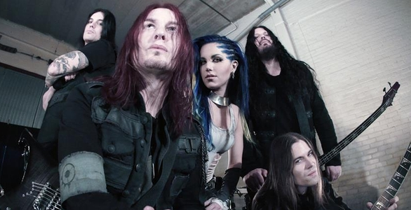 INTERVIEW ARCH ENEMY : ALISSA WHITE-GLUZ SE PREPARE A LA GUERRE (AUDIO)