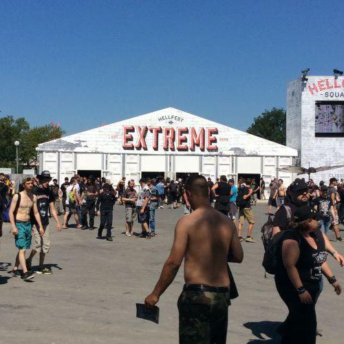 Extreme Market