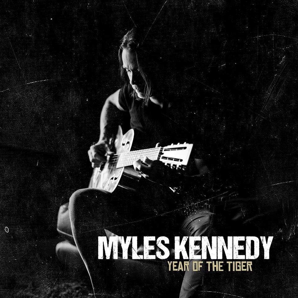 Myles Kennedy (ALTER BRIDGE) dévoile la nouvelle chanson «Haunted By Design» via une lyric vidéo