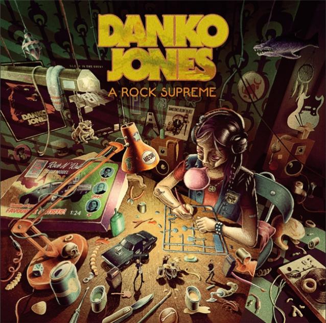 DANKO JONES dévoile le clip vidéo de la chanson «Dance Dance Dance»