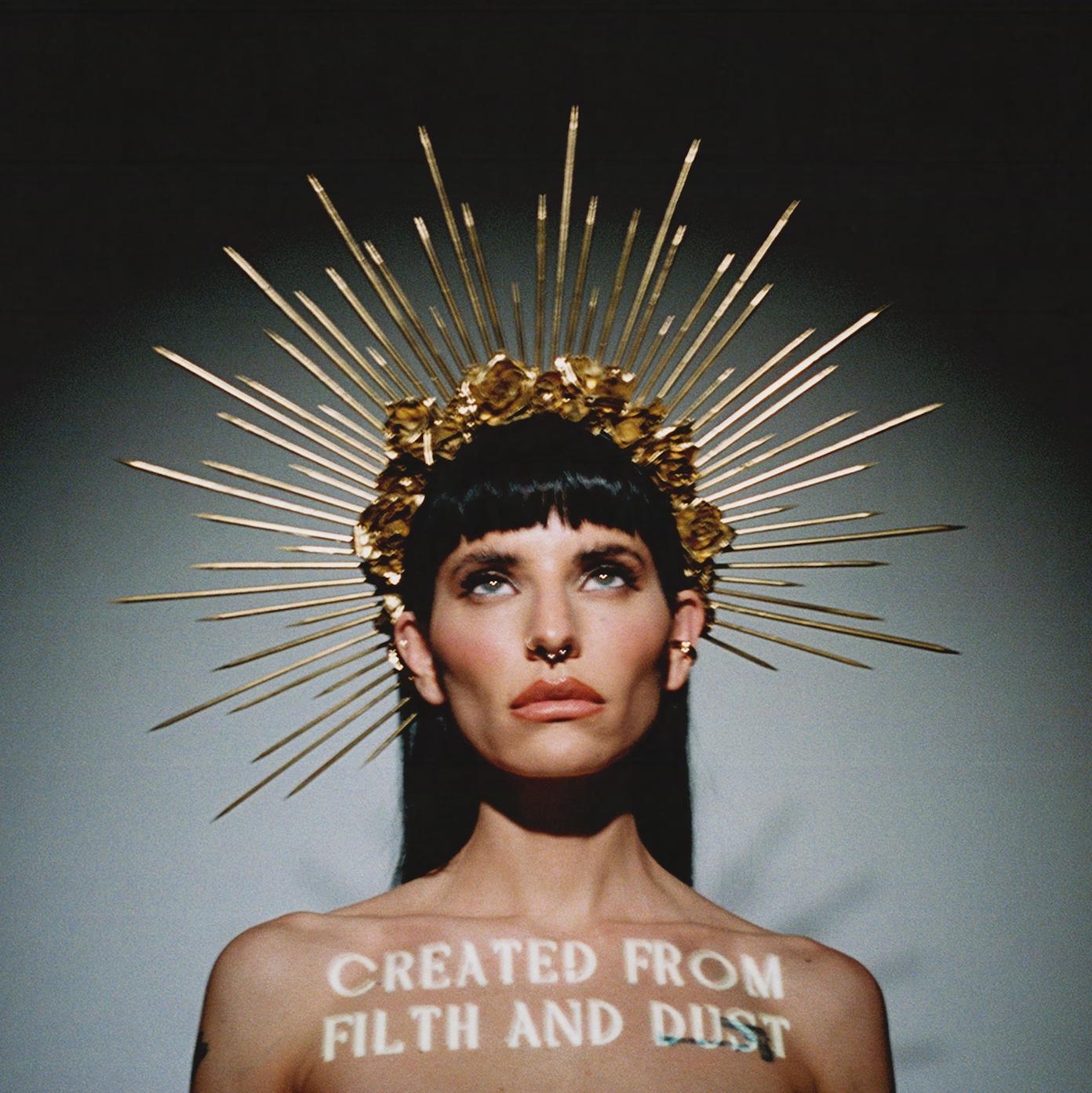 LILITH CZAR : les détails du premier album Created From Filth And Dust ; clip vidéo de la chanson «King»